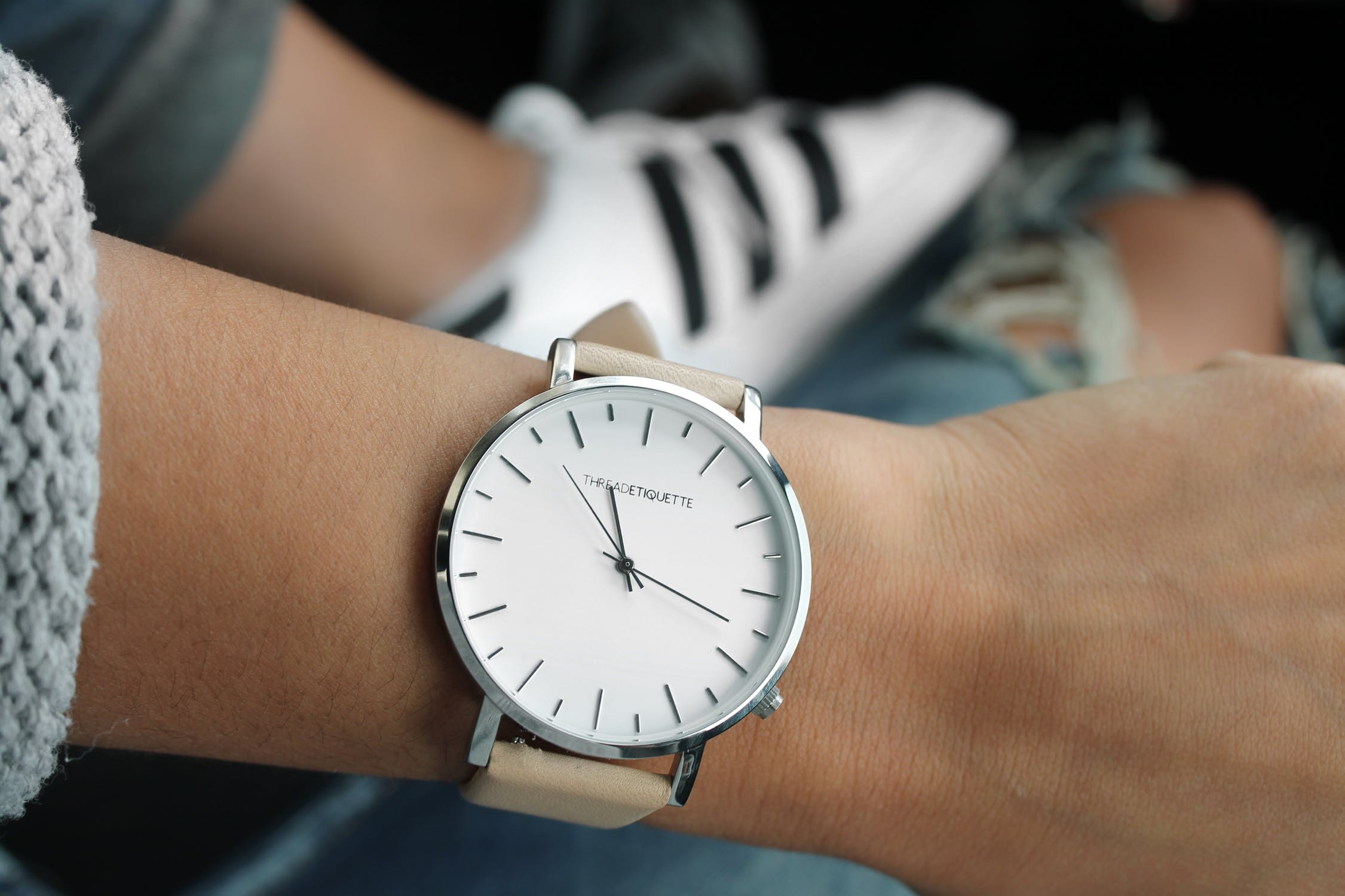 Fashion Understatement: How To Wear Minimalist Watches