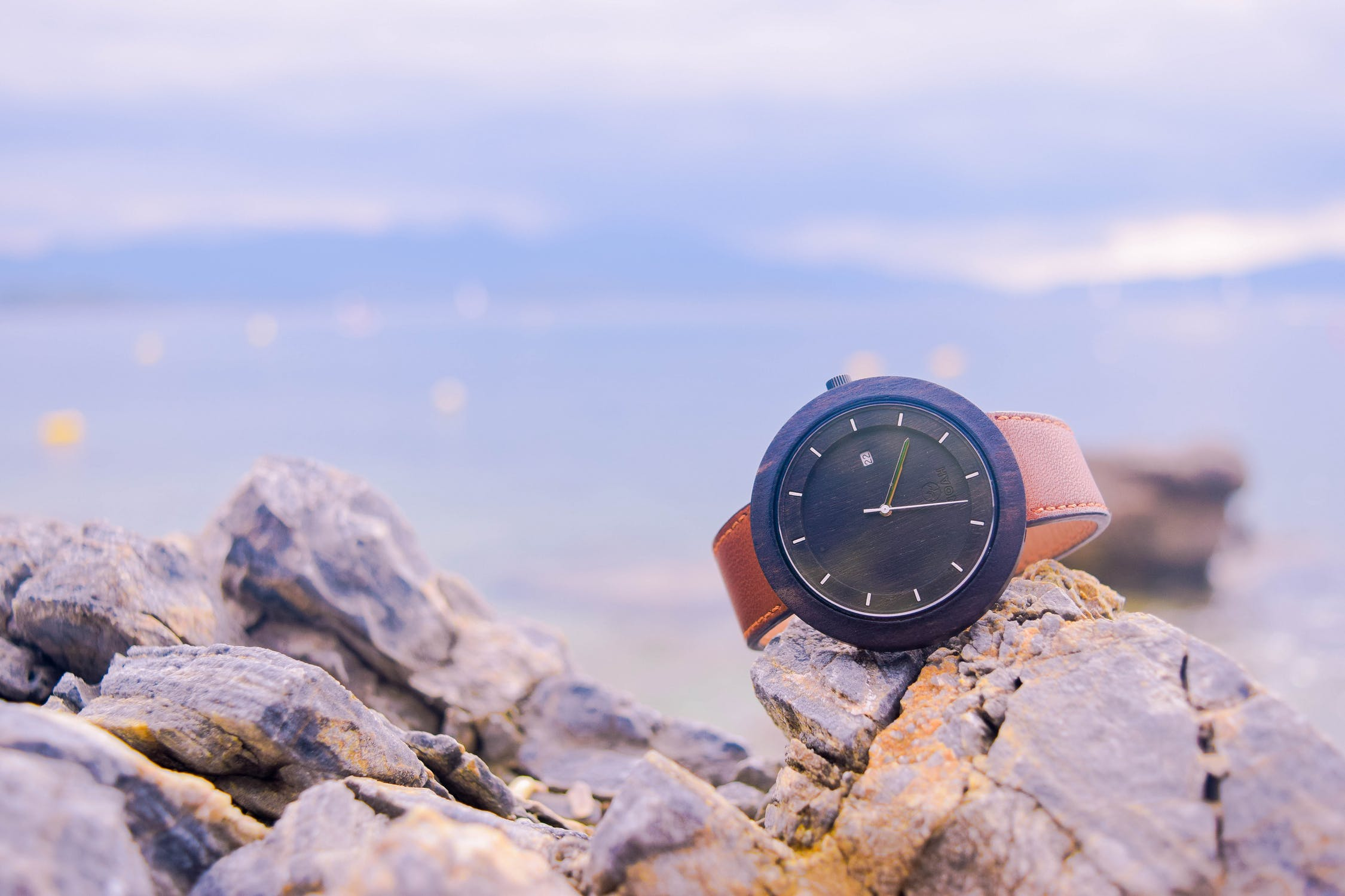 Sand, Sea and Time: 6 Best Watches to Help Pass This Summer By