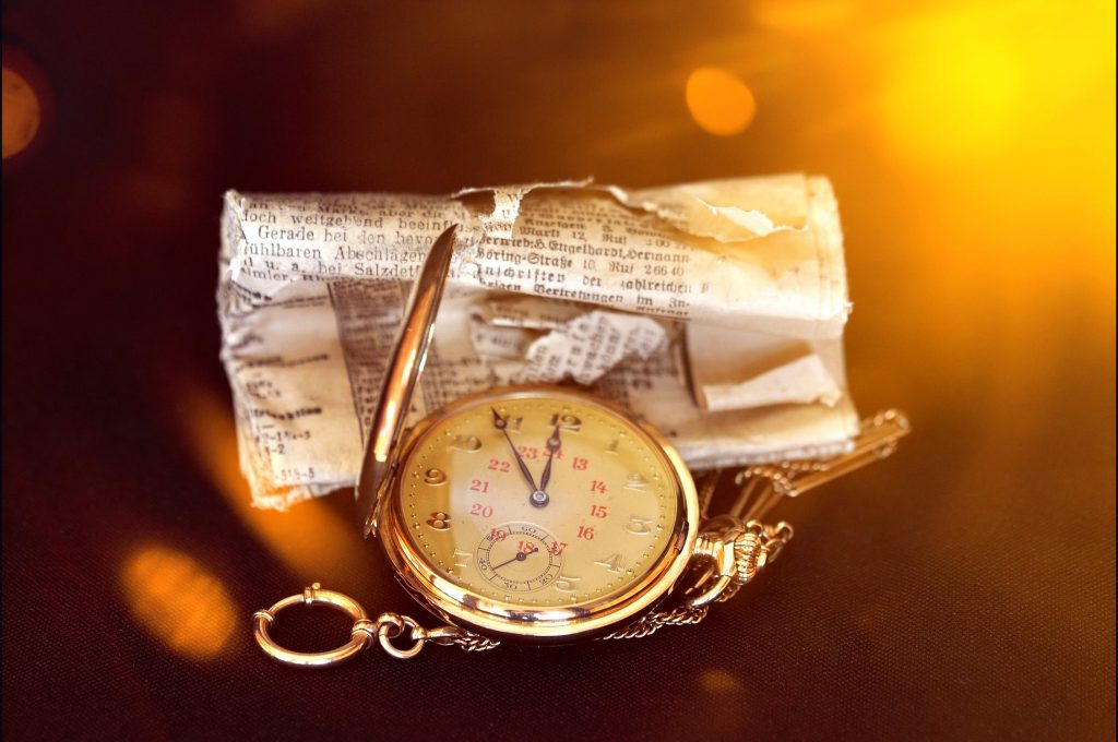 Vintage Watches, Watch Buying Guide, Pocketwatch, Burning, Fire