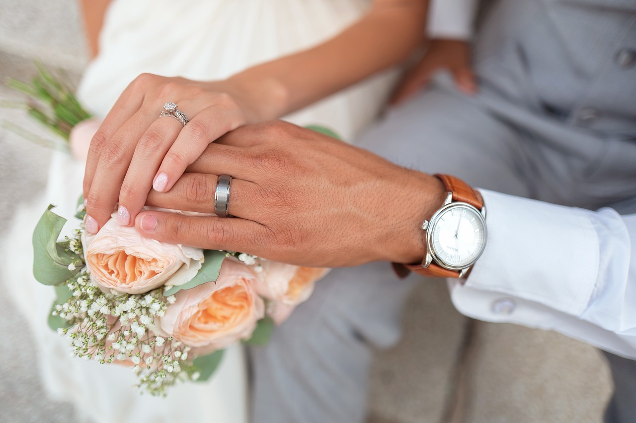 Watches That'll Make the Perfect Gift for a Groom
