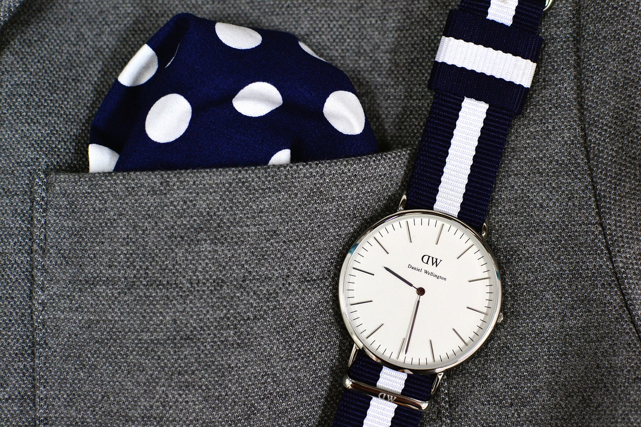 avoiding watch mistakes, daniel wellington, men's watches