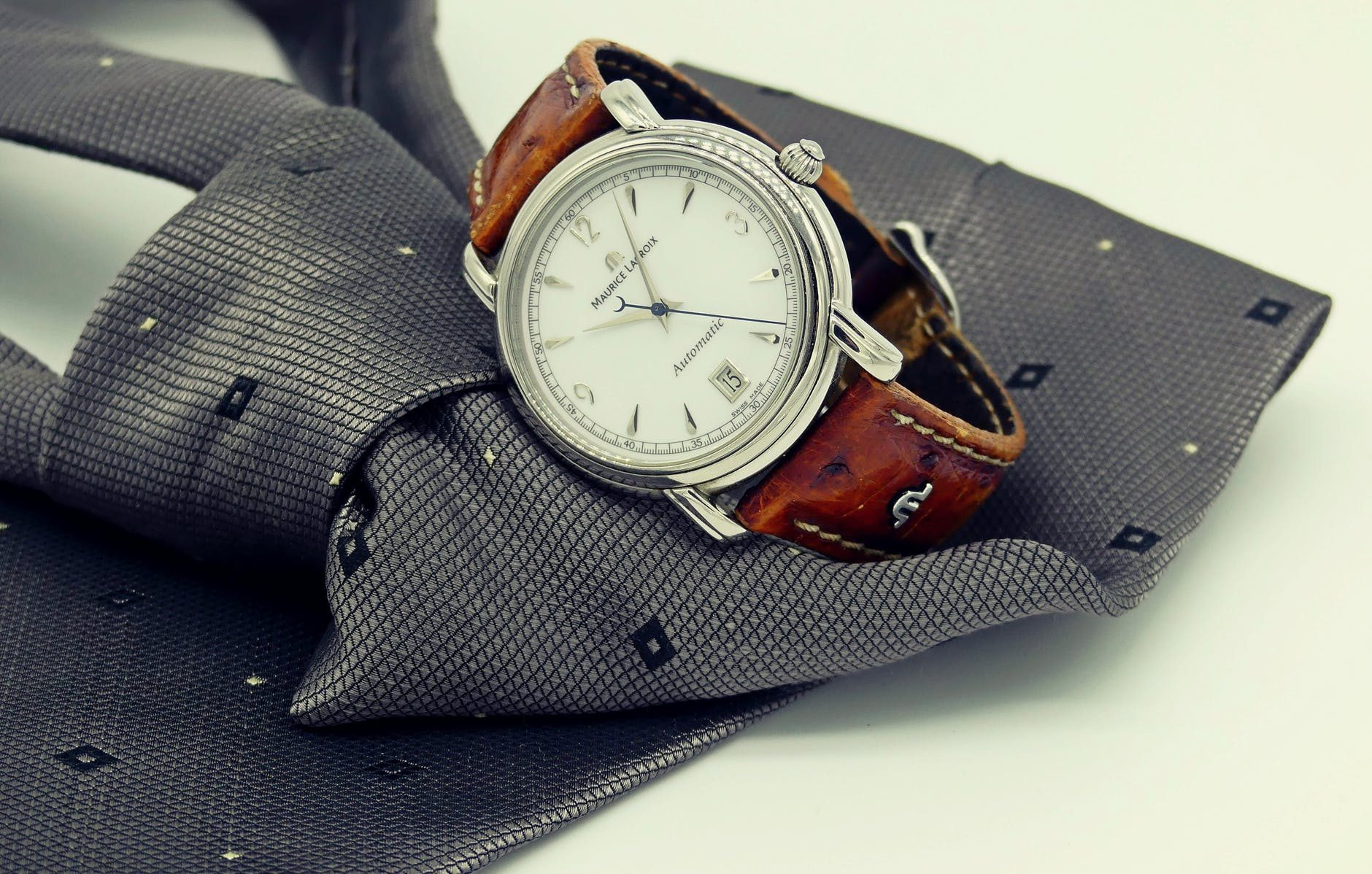 Top 7 Most Stylish Men's Dress Watches