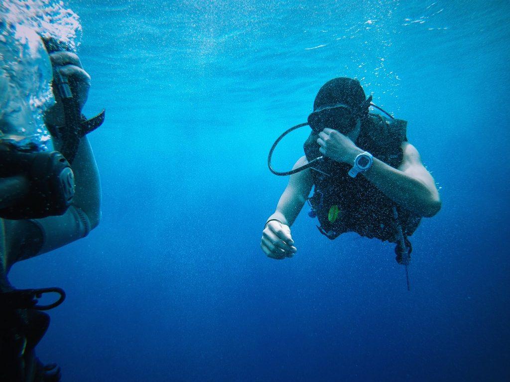 Water Damage, Dive Watch, Diver, Underwater, Water-resistance