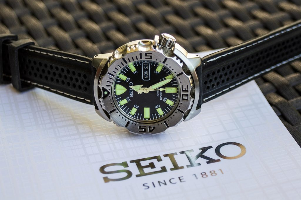 Dive Watch, Seiko, Grey, Miniature, Bezel, Brand Name