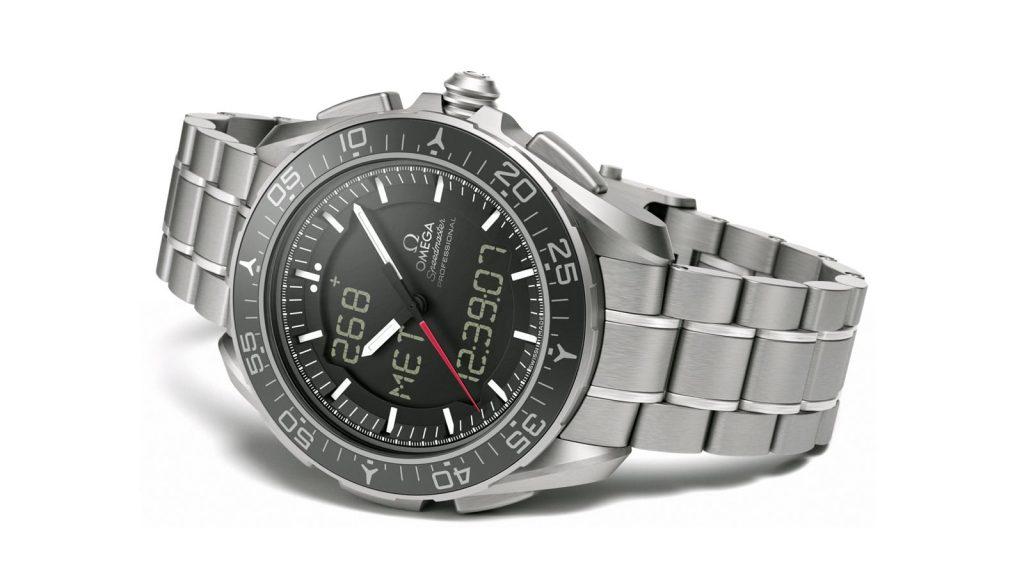 Omega Speedmaster Skywalker X-33, Quartz Watch, Polished, Titanium Watch, Silver Bracelet
