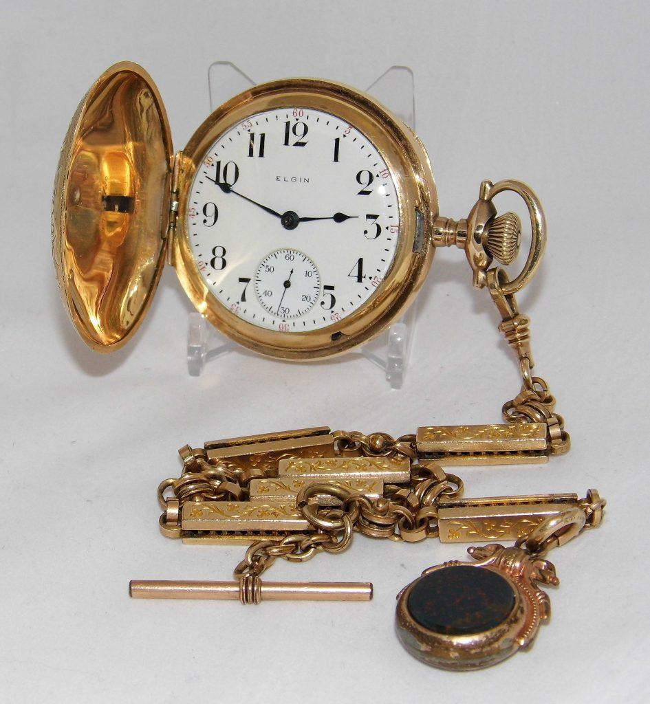Vintage Elgin Pocket Watch, Hunter Case, Size 18s, 15 Jewels, Lever Set, Model 2, Grade 316, Made In USA, Circa 1916