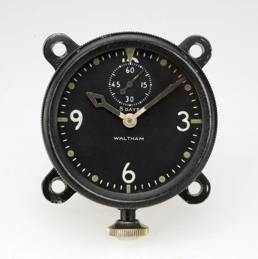 Waltham Watch XA 37 Type, Swiss Watch, Classic Design, Black Watch, Analogue Watch, Pocket Watch