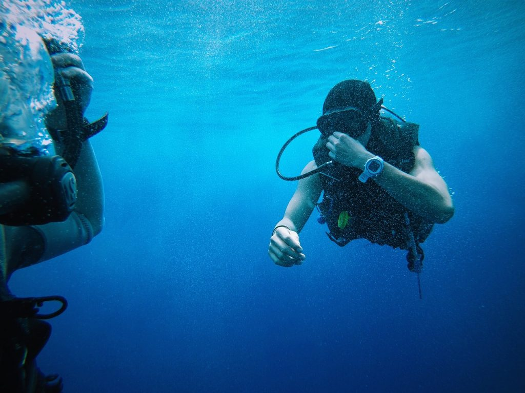 Goggles Divers People Blue Water Ocean Equipments