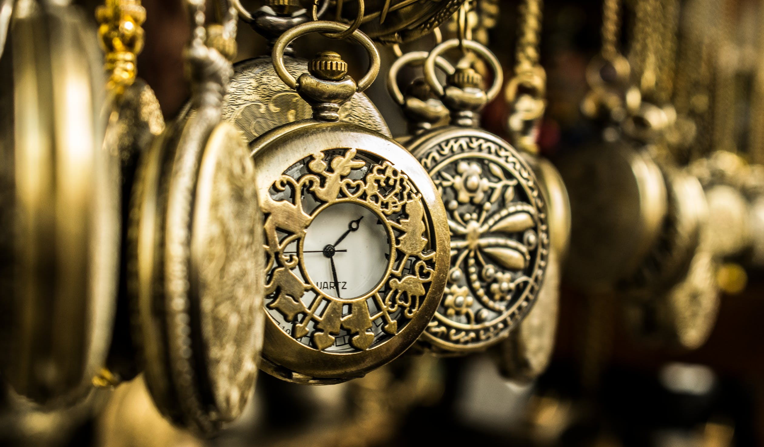 Vintage Pocket Watches, Watch Buying Guide, Vintage Watches, Classic Watches, Quartz Watches